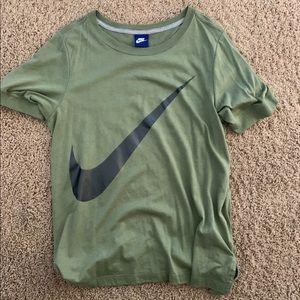 Nike logo cotton tee, army green